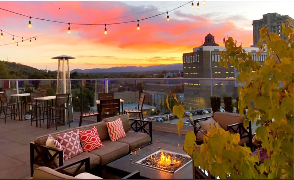 OUR ROOFTOP VIEWS, The Applewood Manor